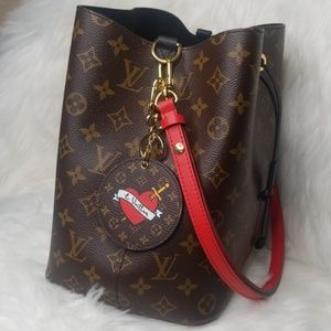NEW UNUSED LOUIS VUITTON NEONOE RED SHOULDER STRAP